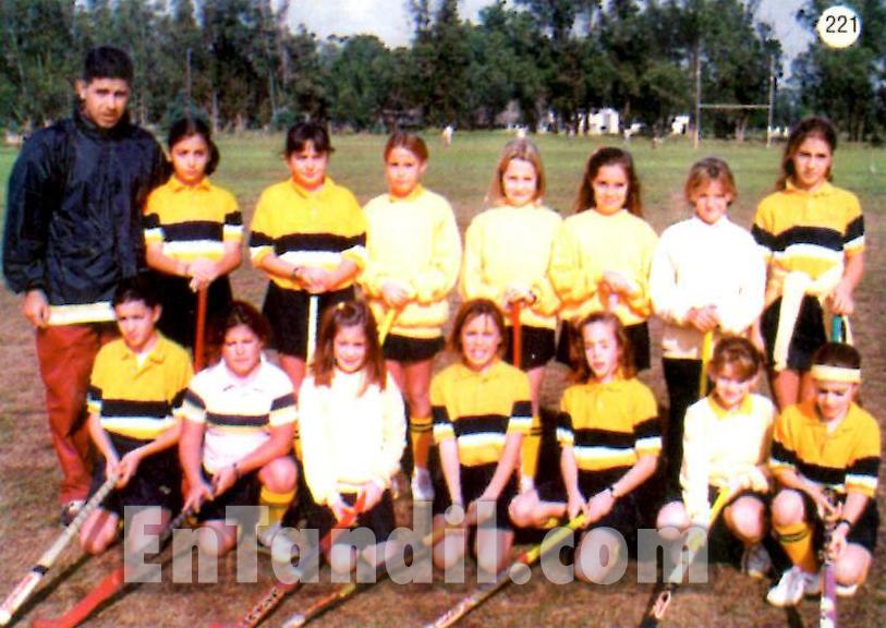 Uncas Hockey Femenino 8va division